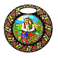 "Кухонні кругла дошка ""Українська пара у соняшниках і ягодах"""