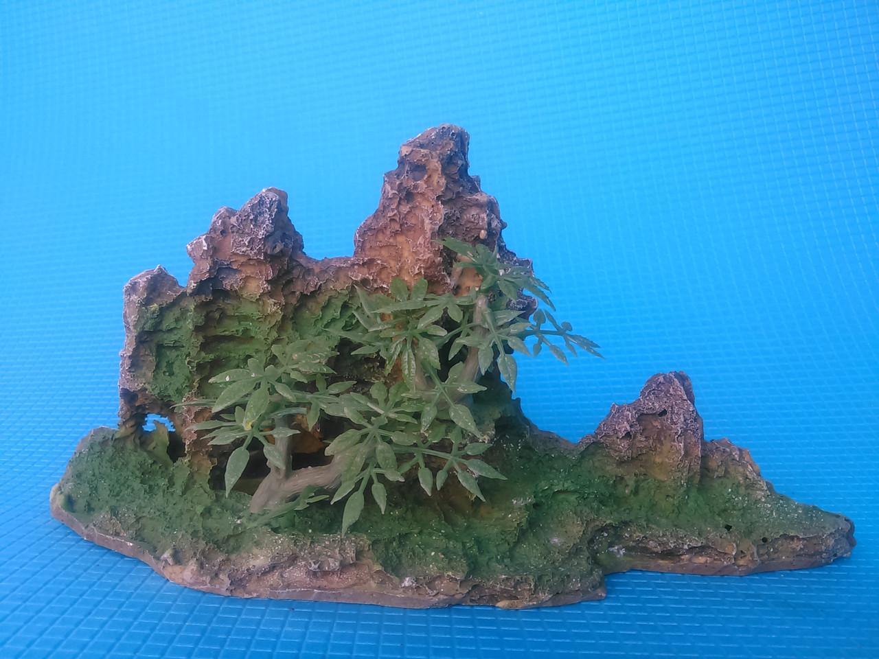 Скала с деревцами KD--011b,  дл 24.5см, шир 10.5см, выс 13.5см