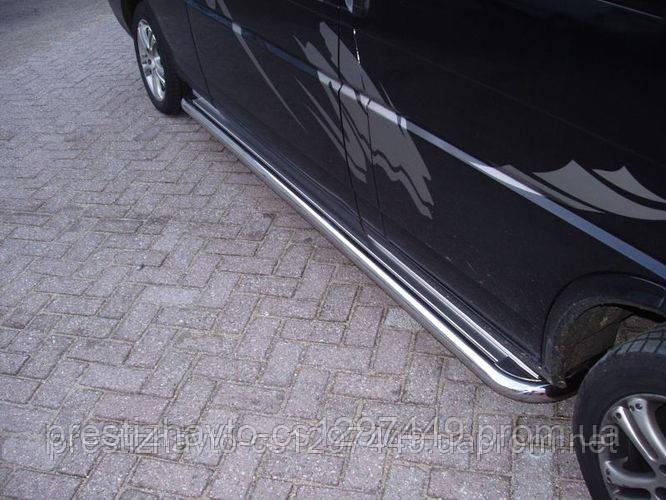 Пороги боковые (площадка С2) на Volkswagen Transporter T4