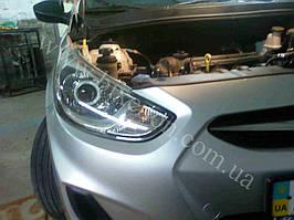 Установка билинз G5 с глазами на Hyundai Accent 3