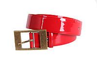 Женский кожаный ремень лакированный с винтажной пряжкой красный