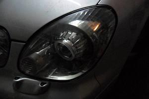 Установка биксеноновых линз G5 с ребристыми масками с глазами на Lexus GS300 8