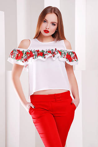 ece33decf59 Белая блузка с воланом и ярким принтом Маки-калина блуза Марелина б ...