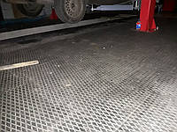 Резиновая плитка для технических помещений.