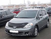 Дефлектор капота (мухобойка)  Nissan Tiida 2004-2015, на крепежах