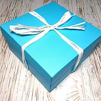 Подарочная коробка из картона с наполнителем Тиффани