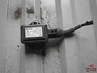 Датчик продольного ускорения ESP VAG 8E0 907 637 A на Volkswagen Passat B5 1.8 turbo AWT 2001-2005 г.