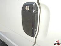 Ручка передней левой двери наружная на  Фольксваген Транспортер VW Т4
