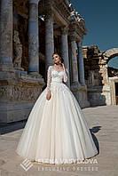 """Обворожительное пышное свадебное платье силуэта """"Принцесса"""", украшенное цветочными аппликациями и аккуратным п"""