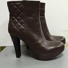 Ботильоны женские демисезонные коричневые на высоком каблуке и платформе Sisley, фото 2