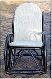 Плетене крісло-гойдалка з ротангу з підніжкою, фото 5