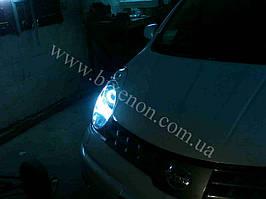 Установка биксеноновых линз G5 с глазами на Nissan Note 3