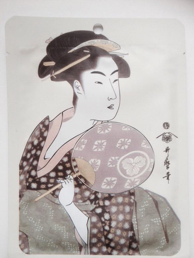 Японская регенерирующая маска для лица Маточное Молочко Royal Jelly + Экстракт цветков Сакуры, MITOMO 1 штука