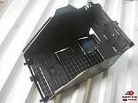 9663615580 Крышка аккумулятора (верх)  для Пежо Партнер Peugeot Partner