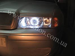 Установка биксеноновых линз G5 с глазами на Skoda Octavia tour 1