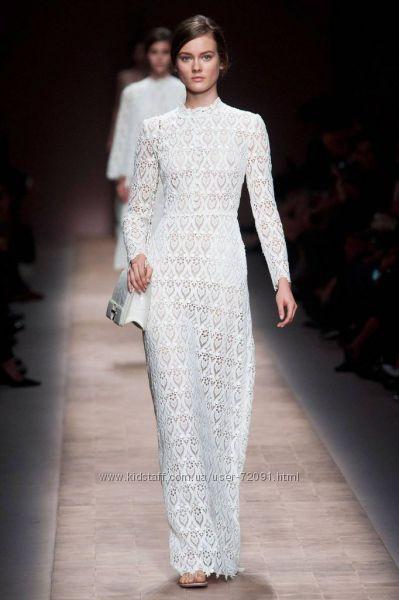 c04efe71a40 Платье длинное белое кружевное D G  продажа