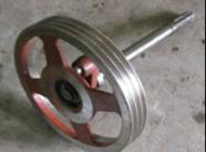 Шків великий комплектний з валом і тріскачкою на роторну косарку 1,65