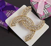 Большая золотая брошь Chanel с камнями