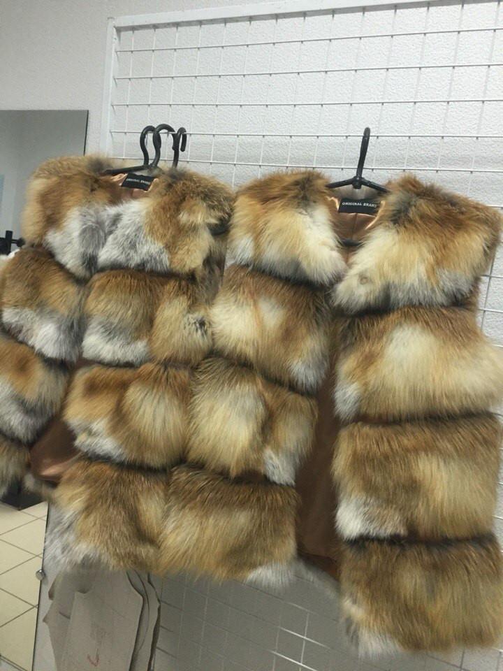 Женский жилет с натурального меха лисы (228)