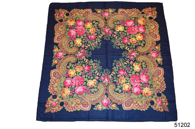 Платок с народным орнаментом темно-синий 140*140 2