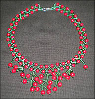 Кольє з бісеру та бусин, намисто з зеленого бісеру та бусинок червоного кольору