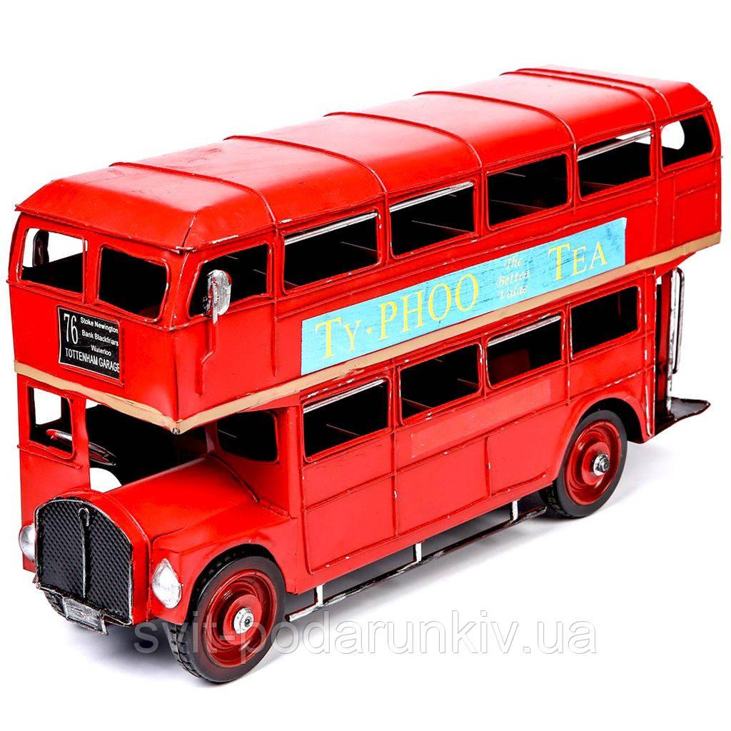 Модель красного двухэтажного лондонского автобуса 1864
