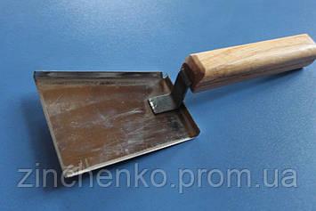Скреб лопатка с деревянной ручкой н/ж