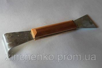 Стаместка оцинкованная 200мм деревянная ручка