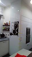 Отделка стен стеклом Киев