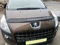 Дефлектор капота (мухобойка) Peugeot 3008 2011-, на крепежах