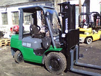 Вилочный погрузчик  Toyota 7FGF30 газовый б/у