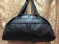 Спортивная сумка Nike из чёрного кожзама, Найк
