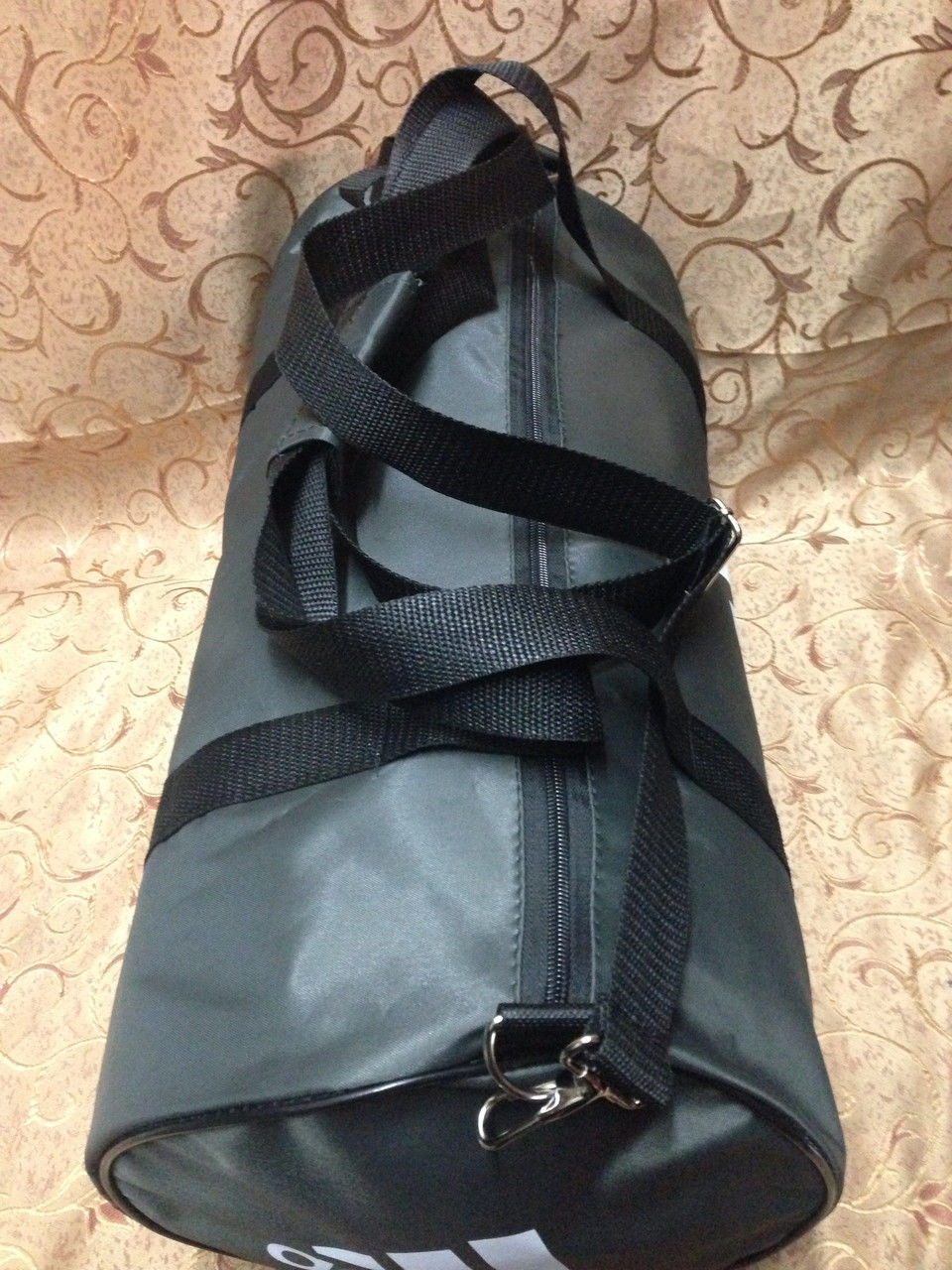 11136f2e874f Спортивная сумка-цилиндр Adidas, Адидас серая с белым  продажа, цена ...