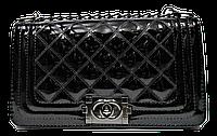 Стеганая лаковая женская сумка черного цвета  LLI-190221