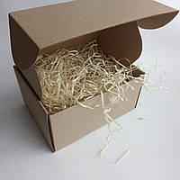 Подарочная коробка 190 х 150 х 100мм с декоративной деревянной стружкой