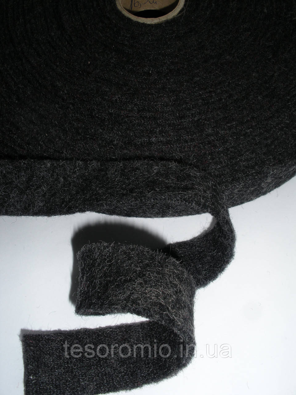 Тесьма полушерстяная декоративная, плотная 2.5см ширина