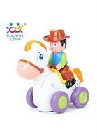 Игрушка Huile Toys Ковбой на веселой лошади (838A)