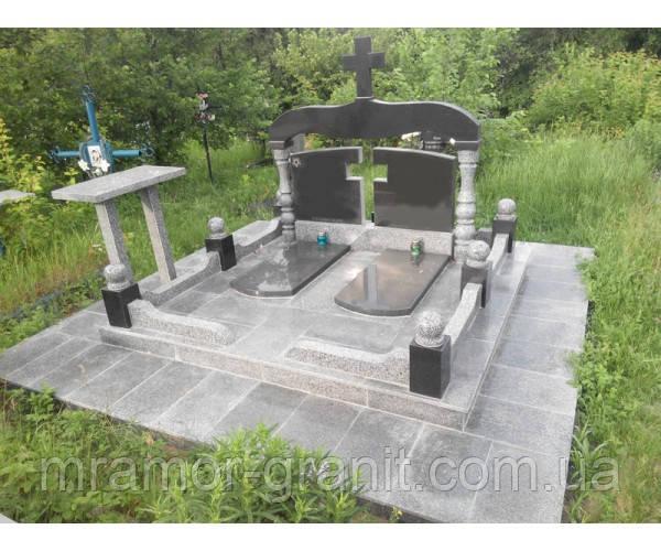 Памятник из гранита  П - С 26