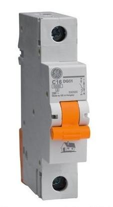 Автоматический выключатель DG 61 C20 6kA