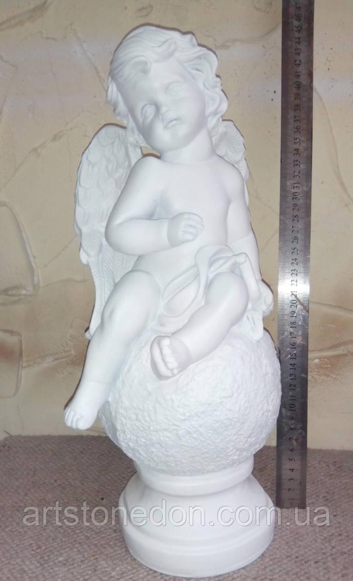 Скульптура Ангелочек на шарике полимер 45 см