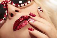 Ногти в качестве признака успешности и красоты