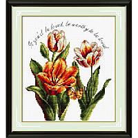 Романтичные тюльпаны. Набор для вышивания нитками. Подушка