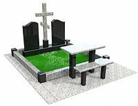 Памятник из гранита с крестом