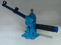 Устройство для пробивки капиллярных труб (гидроударное устройство, домкрат для продувки капилляра