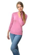 Класичного крою жіноча водолазка з акрилу, однотонна, по фігурі, рожева