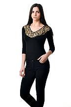 Женская футболка с рукавом три четверти, V-вырезом, вставкой из гипюра в золотистый леопардовый принт, черная