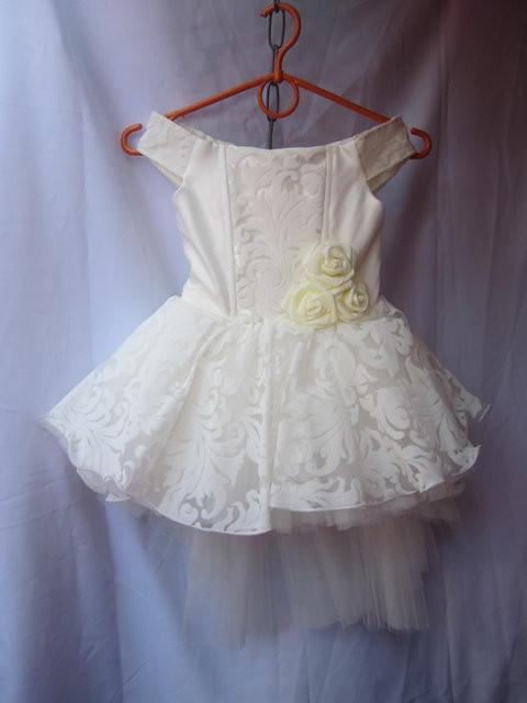 Платье детское бальное 3-4 года