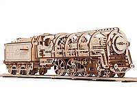 Локомотив с тендером. Самая увлекательная по сложности модель из 443 частей.