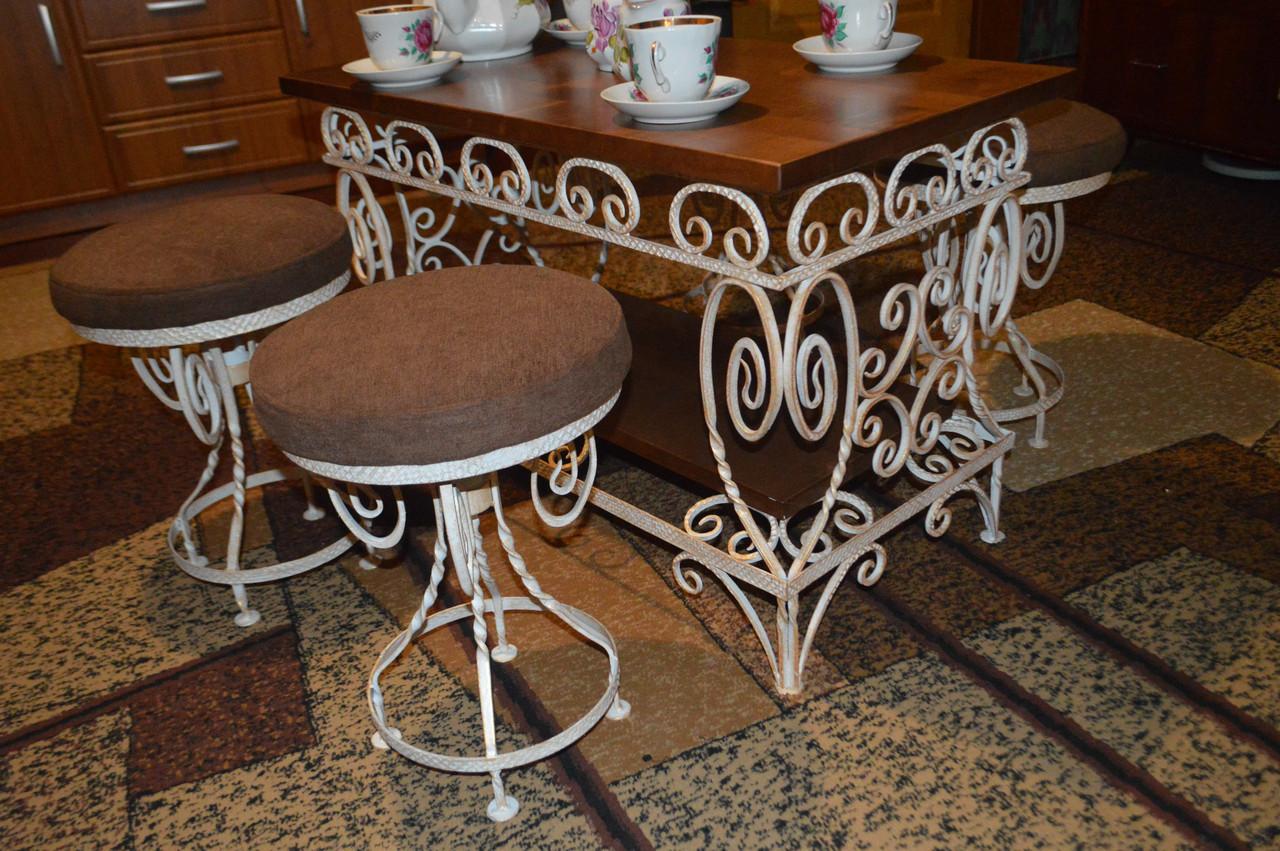 """Кованый столик со стульчиками """"ЧАЙНЫЙ"""""""