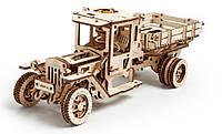 Грузовик UGM-11. Настоящий автомобиль с откидными бортами и коробкой передач. 420 частей.